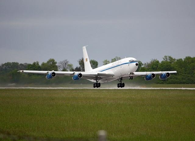 09 - Boeing_707