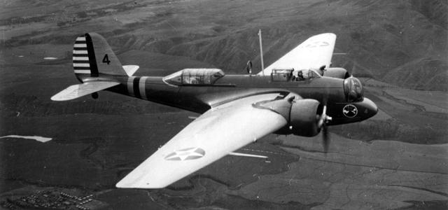 B 10 Canal Piloto Martin B 10: O primeiro bombardeiro produzido em massa