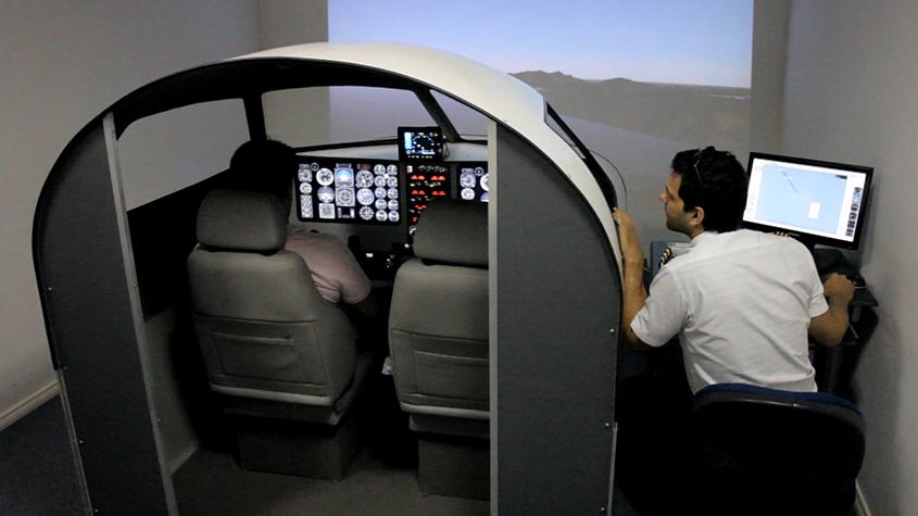 Resultado de imagem para simulador de voo de aviao